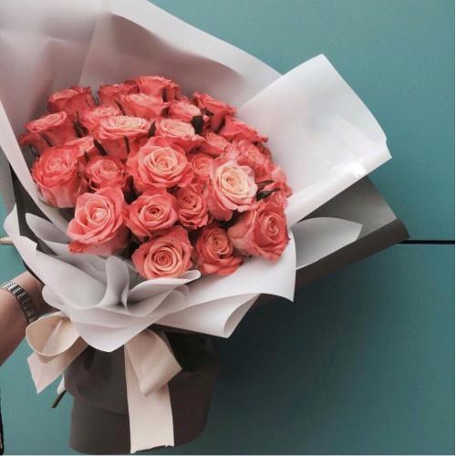 Купить на заказ Букет из 31 розовой розы с доставкой в Туркестане