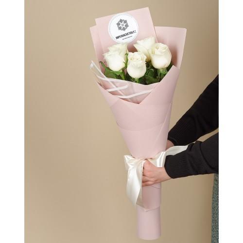 Купить на заказ Букет из 5 роз с доставкой в Туркестане
