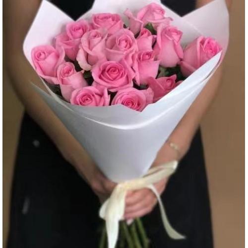Купить на заказ 15 розовых роз с доставкой в Туркестане